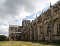 Yttersida av tornet och tvärskeppet för Winchester domkyrkaskepp Royaltyfri Fotografi