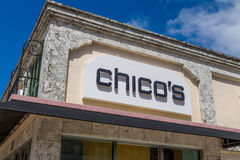 Yttersida och logo för lager för kläder för Chico ` s Royaltyfri Fotografi