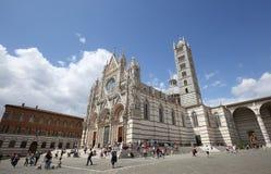 Yttersidor och detaljer av den Siena domkyrkan, Siena, Italien Royaltyfri Bild