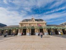 Yttre sikt av den Gare De Nice Ville drevstationen arkivfoto