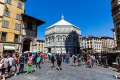 Yttre sikt av Florence Baptistery Royaltyfria Foton