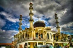 Yttre sikt till den Keizerstraat moskén, Paramaribo, Surinam Royaltyfria Bilder