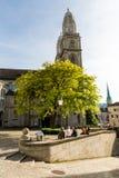 Yttre sikter av olika hus och kyrkor i Zurich Royaltyfri Fotografi