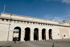 Yttre slottport - Wien - Österrike Royaltyfri Bild