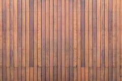 Yttre träpryda eller däcka på terrassen arkivbild