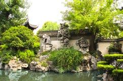 Yu Yuan Gardens, Shanghai, Kina Arkivbilder