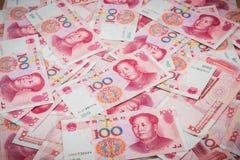 100 Yuan, chinesisches Geld Stockfotos
