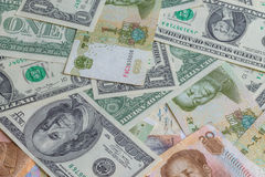 Yuan e dólar Fotos de Stock Royalty Free
