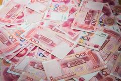 100 Yuan, kinesiska pengar Arkivbilder