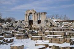 Yuanmingyuan-Ruinen im Schnee Lizenzfreies Stockfoto