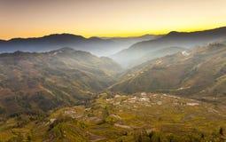 Yuanyang Reis-Terrassesonnenuntergang in Yunnan, China. stockfoto