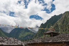 YUBENG CHINY, Aug, - 8 2014: Yubeng wioska sławny punkt zwrotny wewnątrz Obrazy Stock
