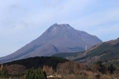 Yufu-dake i Japan Arkivbilder