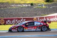 Yuichi Nakayama d'avr. dans la catégorie de GT300 Qualiflying à 2015 AUT Photos stock