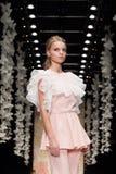 YULIA PROKHOROVA wybieg MOSKWA mody tydzień 25 Październik, 2015 Obrazy Royalty Free