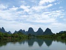 Yulong Fluss Karst-Gebirgslandschaft Stockbilder