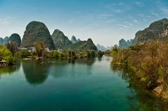 Yulong Fluss nahe yangshuo Stockfotos