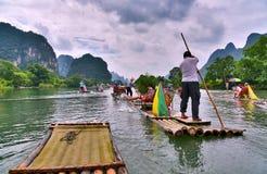 YULONG rzeka, YANGSHUO okręg administracyjny, GUILIN Fotografia Stock