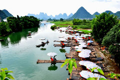 Yulongrivier, Yangshuo, Guilin Royalty-vrije Stock Foto's