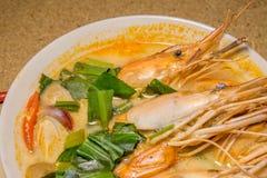yum tom супа креветки goong пряное стоковые фото