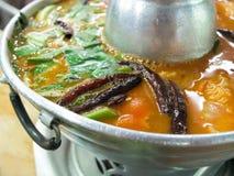 yum tom супа креветки goong пряное стоковое изображение