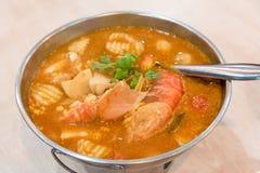 yum tom супа креветки goong пряное стоковые изображения rf