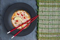 yum tom goong еды тайское стоковое изображение rf