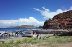 The Yumani community harbour on the Isla Del Sol on Lake Titicaca Stock Photos