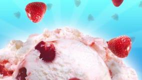 Yummy мороженое с медленными падая клубниками видеоматериал