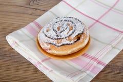 Yummy Donuts на белизне Стоковые Изображения