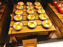 Yummy sakooroom in buffet van het hotel stock foto's