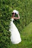 Yung prinsessa som går i trädgård Royaltyfria Foton