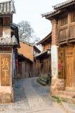 YUNNAN, CHINA - 21 DE MARZO DE 2015: Pueblo antiguo de Shaxi una ANC famosa Foto de archivo libre de regalías
