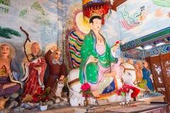 YUNNAN, CHINA - 21. MÄRZ 2015: Baoxiang-Tempel an Shibaoshan-Berg Stockfoto