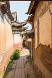 YUNNAN, CHINE - 22 MARS 2015 : LA MAISON d'OUYANG chez Shaxi v antique Photo libre de droits