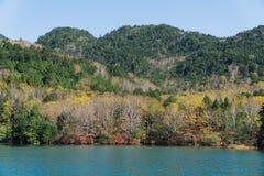 Yunokomeer in de herfst, Nikko, Japan royalty-vrije stock afbeeldingen