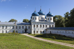 Yurievklooster Heilige Dwarskathedraal Velikiy Novgorod royalty-vrije stock afbeeldingen