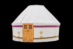 Yurt bianco che alloggia le tribù nomadi kazake isolate su fondo nero Fotografia Stock