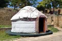Yurt innerhalb Naryn-Kalafestung stockbild