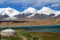 Yurt at the lake. Kirgiz yurt at the Kara Kul lake in Karakorum, China Stock Image