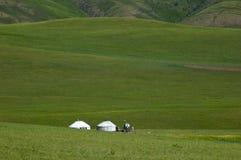 Yurt sulle praterie a immagini stock