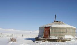 Yurt traditionnel en Mongolie Photographie stock libre de droits