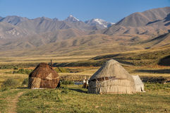 Yurts au Kirghizistan Photo stock