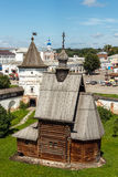 Yuryev-Polsky Träkyrka av St George fotografering för bildbyråer