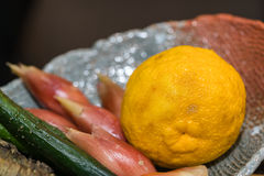 Yuzu - Japanse citroen stock afbeelding