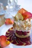 yuzu pavlova meringue Стоковое Фото