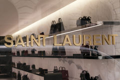 Yves Saint Laurent Store Royaltyfri Foto