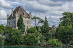 ` Yvoire - Francia del castillo francés d fotografía de archivo libre de regalías