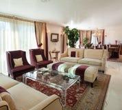 Żywy pokój, klasyczny projekt fotografia royalty free