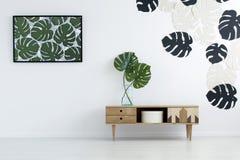 Żywy pokój z plakatem Zdjęcia Stock